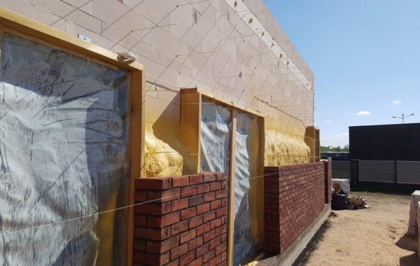 Namo fasado šiltinimas termoputa - UAB Termovizija
