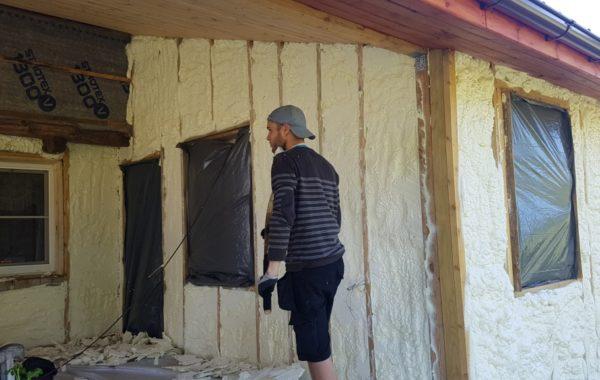 Namų apšiltinimas poliuretano putomis visoje Lietuvoje