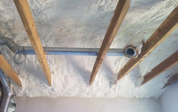 a klasės namai - dažniausiai šiltinami termoputa